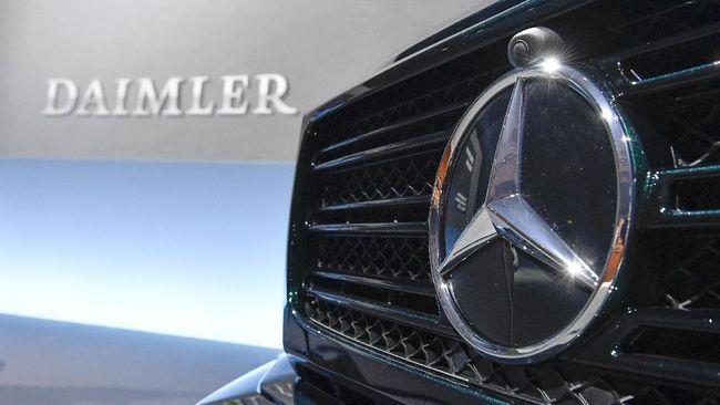 PHK massal induk perusahaan otomotif Mercedes-Benz, Daimler diyakini untuk mengurangi beban perusahaan.