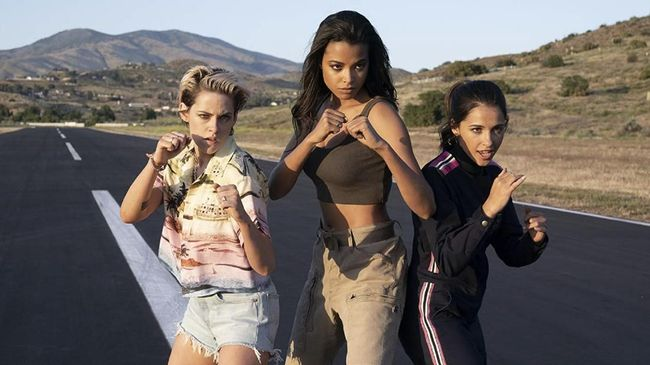 Review Film Charlie S Angels