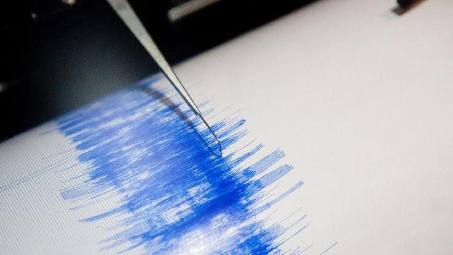 Gempa berkekuatan magnitudo 5,8 terjadi di wilayah laut sekitar 54 kilometer dari Kepulauan Mentawai, Sumbar. Tak ada potensi tsunami.