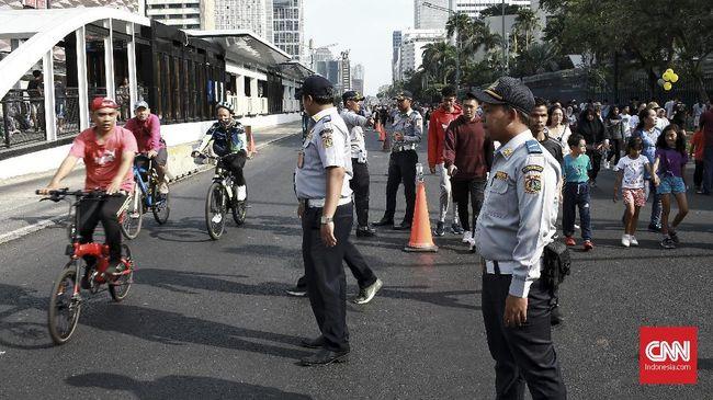 Kota Bekasi kembali mengadakan car free day pekan ini, dengan sejumlah adaptasi. Balita, lanjut usia, dan ibu hamil diimbau tidak berpartisipasi.