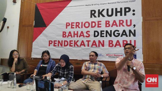 Aliansi Nasional Reformasi KUHP mempertanyakan jika tak ada perubahan draf RKUHP, lantas apa yang dibahas pemerintah selama ini.