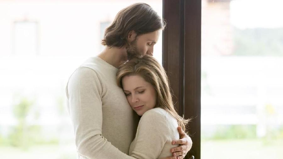 Tak Kusangka, Jodohku Adalah Penyembuh Traumaku Menjalin Cinta
