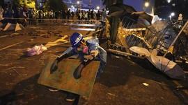 Usai 'Minggu Tenang', Bentrokan Kembali Terjadi di Hong Kong