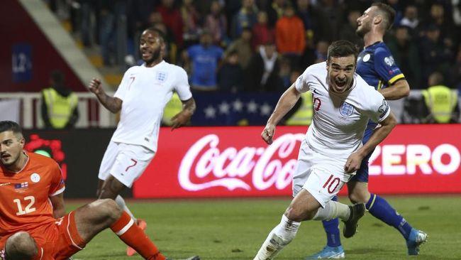 Timnas Inggris menang telak 4-0 atas Kosovo dalam lanjutan Kualifikasi Piala Eropa 2020 di Stadion Faddil Vokrri, Senin (18/11) dini hari WIB.