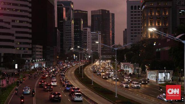 BPS mencatat pertumbuhan ekonomi Indonesia minus 5,32 persen pada kuartal II 2020 kemarin. Pertumbuhan makin mendekatkan RI ke jurang resesi.