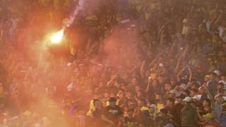 Beda Sikap Menpora Indonesia dan Malaysia Soal Rusuh Suporter
