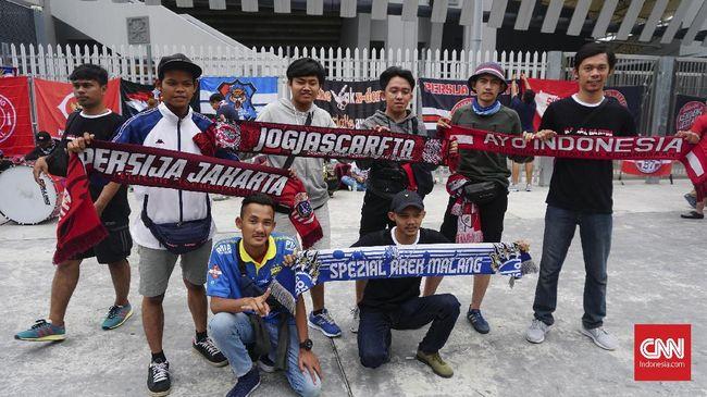 Suporter Tim Merah Putih yang akan menyaksikan pertandingan Malaysia vs Indonesia diminta waspada saat berada di luar Stadion Bukit Jalil, Selasa (19/11).