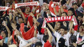 Suporter Indonesia Sempat Tertahan di Stadion Bukit Jalil