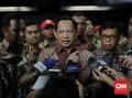 Tito Karnavian Serahkan Nasib Izin FPI ke Mahfud MD