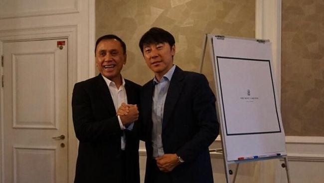 Shin Tae-yong telah bertemu PSSI untuk presentasi sebagai calon pelatih Timnas Indonesia di Malaysia, Selasa (19/11).