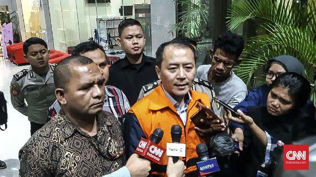 KPK rampung melimpahkan berkas Mantan Presiden Direktur PT Lippo Cikarang, Bartholomeus Toto, ke tahap penuntutan di pengadilan.