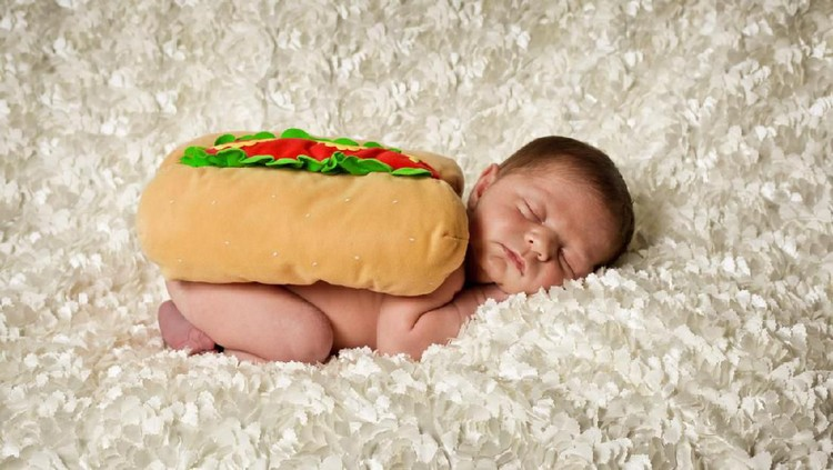 Nama bayi laki-laki berseri menarik untuk disematkan pada si jagoan kecil lho.