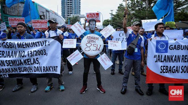 Upah Minimum Kabupaten (UMK) Bekasi naik 6,51 persen menjadi Rp4.791.843 pada 2021 nanti sesuai keputusan Gubernur Jawa Barat.