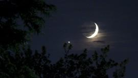 Bulan, Jupiter dan Saturnus Akan Tampak Berjejer di Langit RI