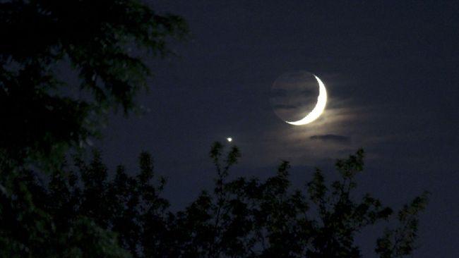 Bintang Kejora dan planet Jupiter bakal nampak di ufuk barat sepanjang pekan ini, berikut cara mengamati kedua bintang terang itu.