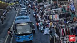 Pemprov DKI Kembali Bahas Rencana Penempatan PKL di Trotoar