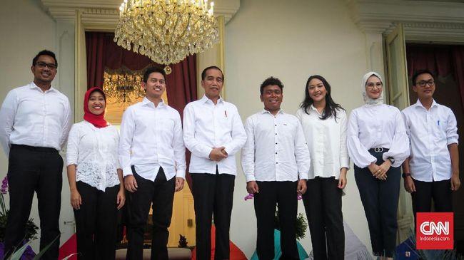 Presiden Jokowi mengangkat 7 staf khusus dari kalangan anak muda atau generasi milenial.