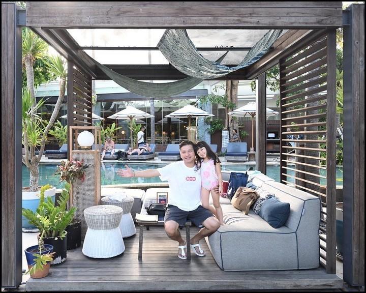 Gempi dan Gading menghabiskan waktu bersama selama di Bali. Ini terlihat dari beberapa unggahan Gading di media sosial Instagram. (Foto: Instagram @gadiiing)