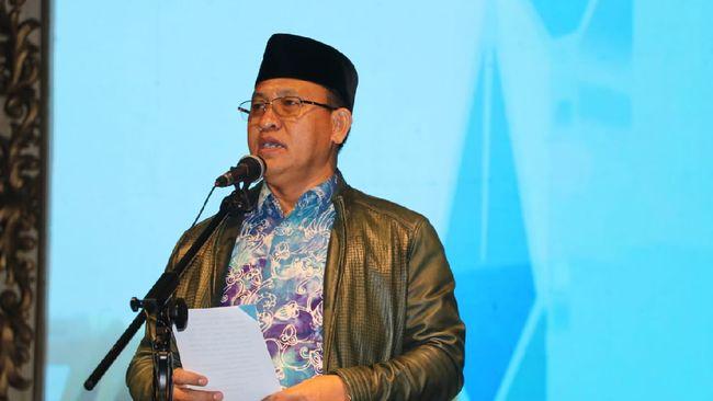 Bupati Muara Enim, Juarsah langsung ditahan oleh KPK selama 20 hari hingga 6 Maret mendatang.