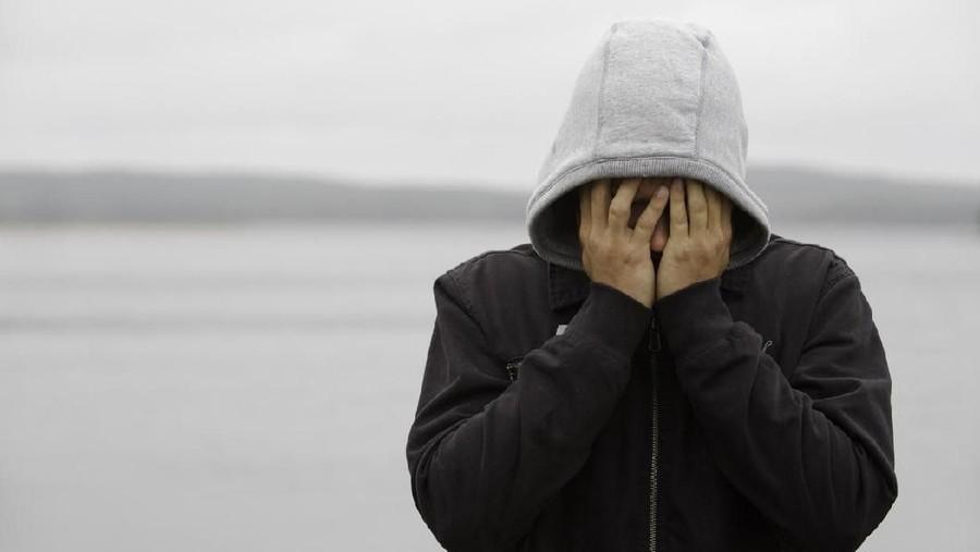 Tingkat Bunuh Diri Pria Tiga Kali Lipat dari Wanita, Ini Sebabnya