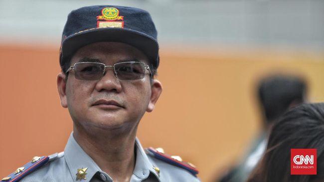 Dishub DKI melakukan uji coba penutupan jalan putar balik (U turn) menuju ke Jalan Prof. Dr. Satrio yang diklaim tak terkait kasus Jokowi terjebak macet.