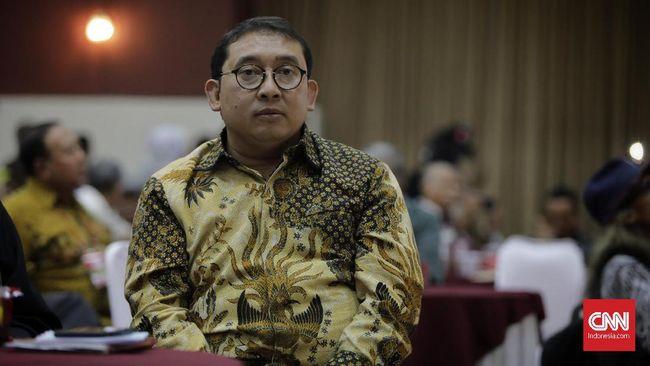 Indikator Politik Indonesia mencatat peran Fadli Zon dan Andre Rosiade sebagai pengritik pemerintah turut mendongkrak partai Gerindra yang berada di kekuasaan.
