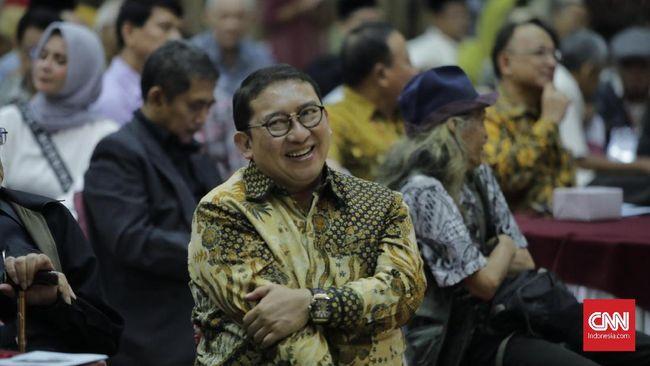 Fadli Zon dan Sandiaga Uno kembali dipercaya memegang jabatan penting di kepengurusan Gerindra 2020-2025. Keduanya masuk Dewan Pembina Gerindra.