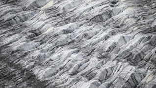 Studi: Makan Korban Jiwa, Gletser Himalaya Cair Makin Cepat
