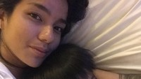 <p>Sheila memboyong ketiga anaknya, Leticia, Nathanael, dan Yael hidup di Pulau Dewata, Bali. Single mother ini terlihat sangat menikmati hidup bersama anak-anaknya. (Foto: Instagram @itssheilamj)</p>