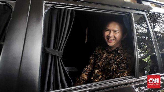 Fadli Zon menilai Ahok sebagai sosok bermasalah dalam kasus Sumber Waras dan tak tepat menjabat Komisaris Utama PT Pertamina (Persero).