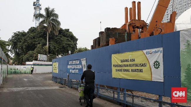 Jakpro akan berkonsultasi dengan pemegang saham, kontraktor, hingga Pemprov DKI menindaklanjuti anggaran pembangunan hotel TIM yang dipotong DPRD.