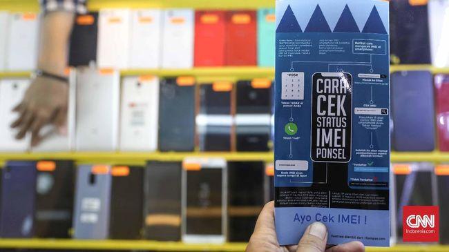 Pemerintah telah menerbitkan aturan blokir ponsel black market (BM) melalui nomor International Mobile Equipment Identity (IMEI). Pelaksanaan pemblokiran tersebut baru akan dimulai pada 18 April 2020. Jakarta, Selasa, 26 November 2019. CNNIndonesia/Safir Makki