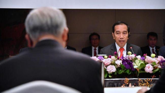Jokowi menyiapkan lima cara agar defisit neraca transaksi berjalan bisa selesai dalam empat tahun.
