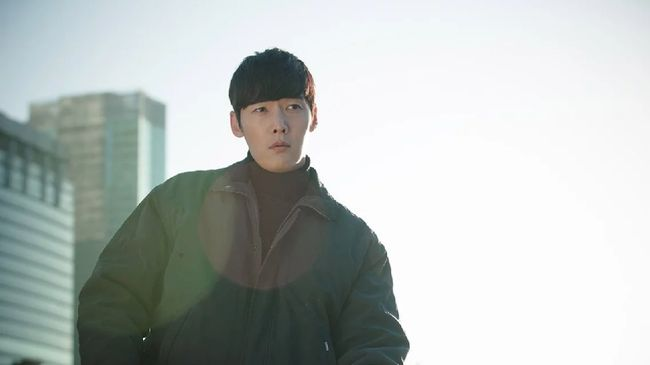 'Tunnel' merupakan salah satu serial yang mengadaptasi kisah pembunuhan berseri di Hwaseong dengan sedikit bumbu fantasi.