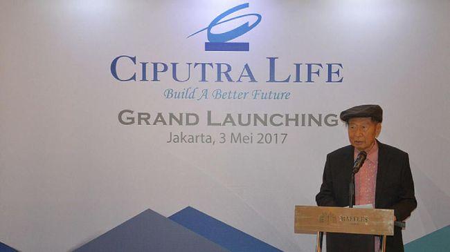 Dalam menjalankan bisnisnya, Ciputra pernah mendapatkan ujian berat saat krisis 1998. Ujian membuatnya harus menangis pilu.