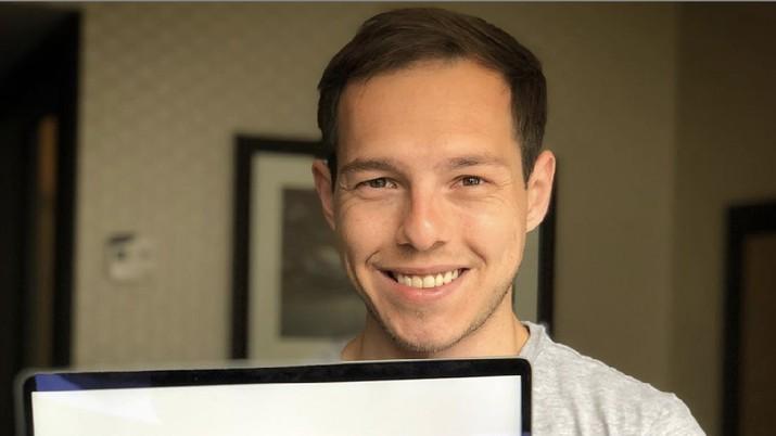 YouTuber Tajir Beri Tips Terhindar dari Jebakan Kartu Kredit