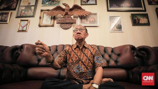 Ki Manteb Sudarsono bertutur tentang menjadi dalang ruwat, dan pertunjukan wayang ruwatan yang paling berkesan baginya. Tak semua orang bisa jadi dalang ruwat.