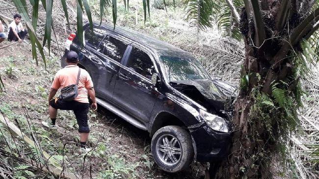 Polrestabes Medan sejauh ini menduga Hakim PN Medan Jamaluddin tewas dibunuh lantaran ada sejumlah luka di sekujur tubuhnya saat ditemukan di kebun sawit.