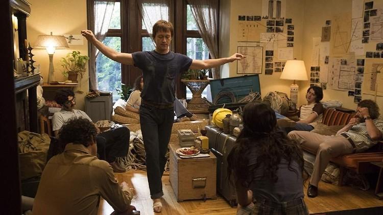 Film Bus 657 (The Heist) dan The Walk bakal tayang di Bioskop Trans TV malam ini. Menemani akhir pekan Bunda dan keluarga.