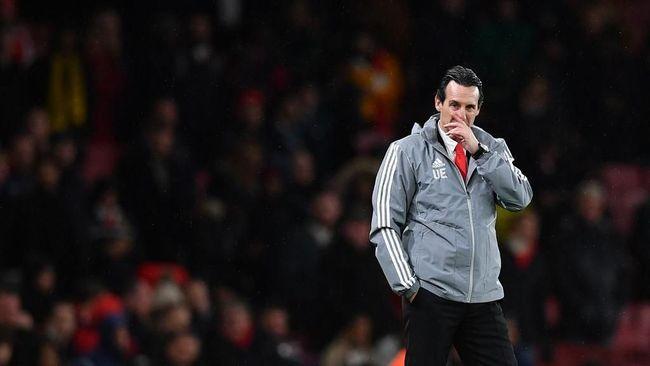 Manajer Unai Emery diambang pemecatan Arsenal usai tim berjuluk The Gunners itu kalah 1-2 dari Eintracht Frankfurt, Jumat (29/11) dini hari WIB.