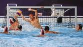 Indonesia meraih emas di cabang polo air SEA Games untuk kali pertama sejak ikut serta pada 1977. (Photo by WAKIL KOHSAR / AFP)