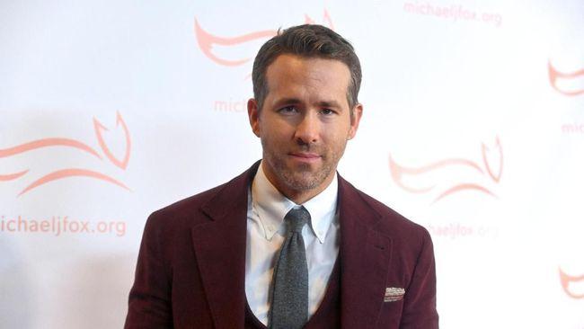 Ryan Reynolds membantah isu ia akan muncul jadi kameo di film Justice League versi Zack Snyder, tepatnya kembali sebagai Green Lantern.