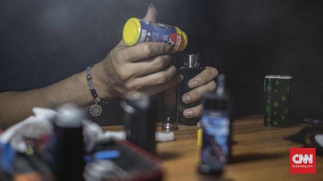 Menteri Keuangan Sri Mulyani melalui Peraturan Menteri Keuangan No.176/PMK.04/2020 menetapkan catridge rokok elektrik sebagai barang kena cukai.