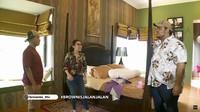 <p>Nah, ini kamar mewah Ivan Gunawan! Kata Ivan, tempat tidur yang dibeli pada 2009 harganya Rp250 juta lho! (Foto: YouTube Brownis Trans TV)</p>