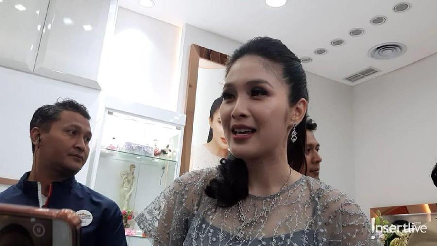 Sandra Dewi Ungkap Pentingnya Investasi Perhiasan Bagi Perempuan