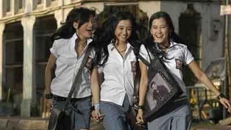Beberapa film Indonesia berikut ini membahas kisah tentang kenakalan remaja. Ada film apa saja? Cek yuk!
