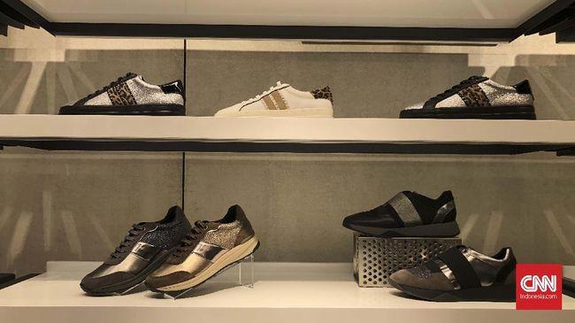 Aliran udara yang tak lancar pada sepatu kerap timbulkan bau pada kaki. Geox Respira memiliki 'teknologi' untuk mencegahnya.