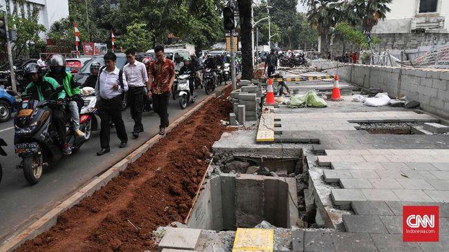 Kepala Dinas Bina Marga DKI Jakarta Hari Nugroho mengatakan kemacetan saat pembangunan trotoar di Kemang hanya bersifat sementara.