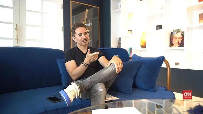 Mantan pembalap MotoGP Jorge Lorenzo menyebut Honda tanpa Marc Marquez, ibarat Barcelona tanpa Lionel Messi.