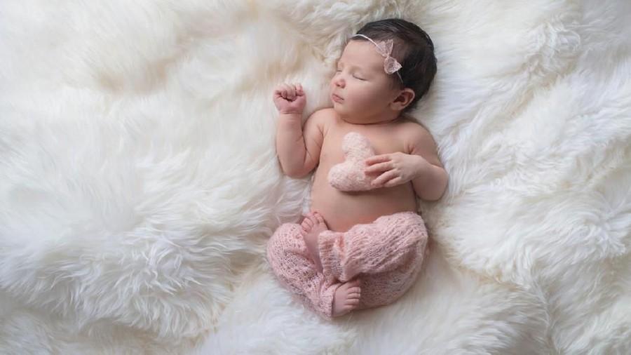35 Nama Bayi Perempuan Bermakna Cinta dari Berbagai Bahasa